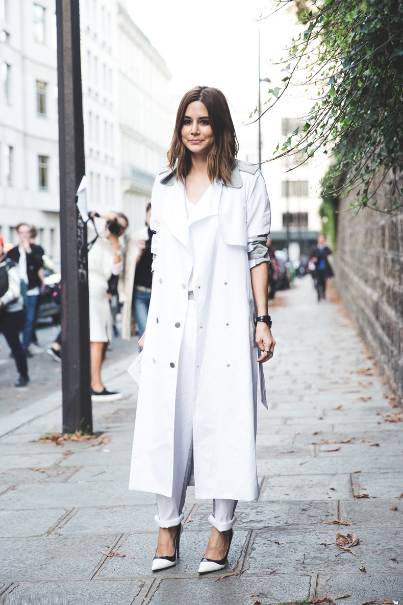 Paris_Fashion_Week_Spring_Summer_15-PFW-Street_Style-Christine_Centenera-Grey_Trench-White_Outfit