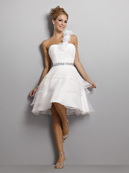 Simple-Short-Wedding-Dresses