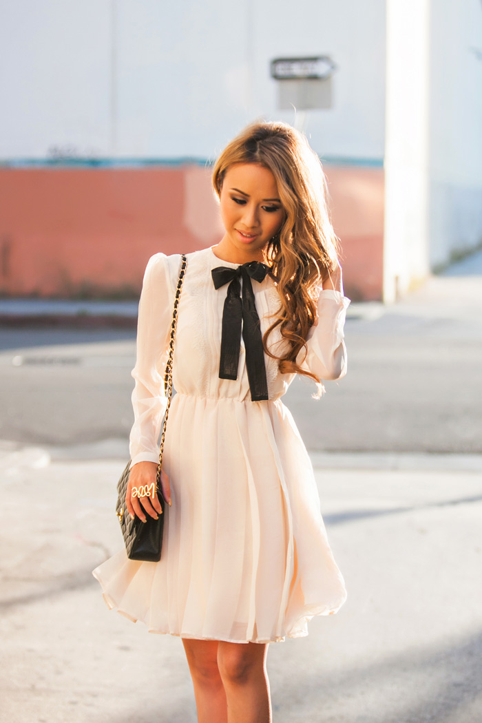 lace-and-locks-petite-fashion-blog-asos-bow-dress-