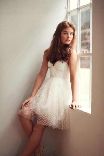 short polka dotted netting weddibg dress