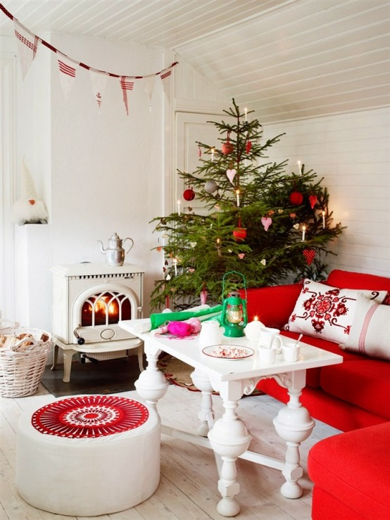 Christmas-Living-Room-Decoration-12