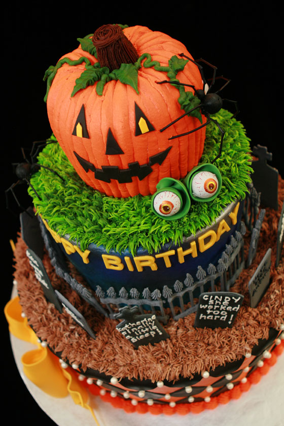 Halloween-Birthday-Cake-