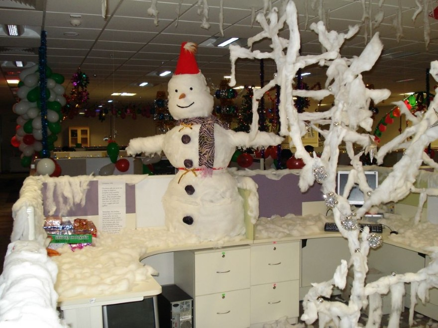 christmas-office-decorating-ideas