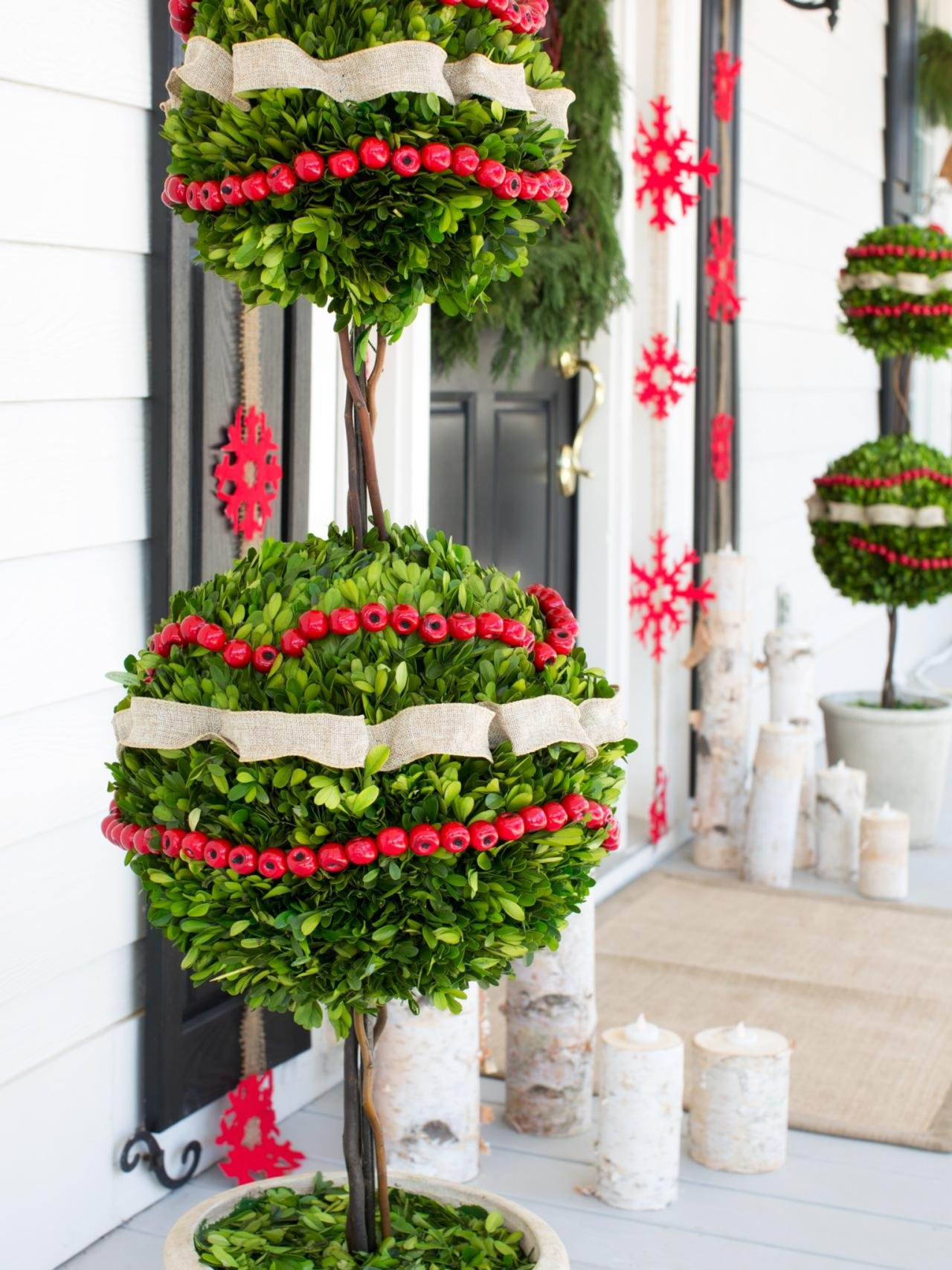 decorations-front-porch-designs-inspiring-ideas-of-outdoor-porch-christmas-decorating-with-violet-color-snow-flake-shape-paper-cutting-craft-and-combine-unique-trees-also-red-berries-white-ribbons-
