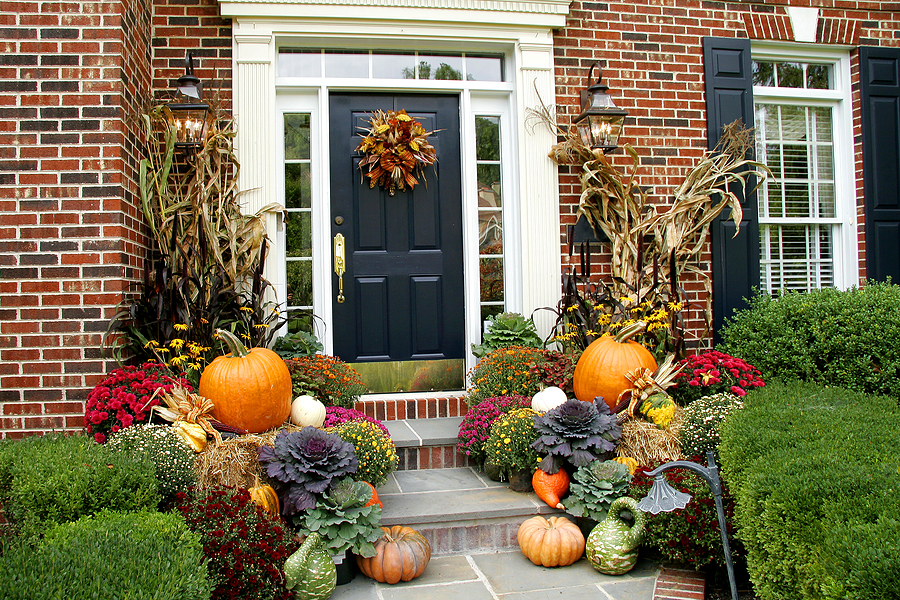 fall-porch-decorating-ideas.