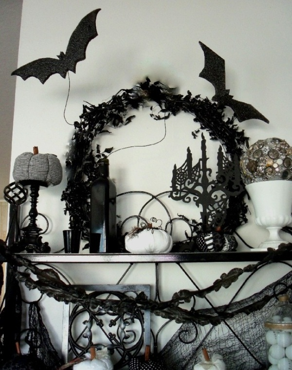 Creative handmade indoor halloween decorations Scary halloween decorating ideas inside