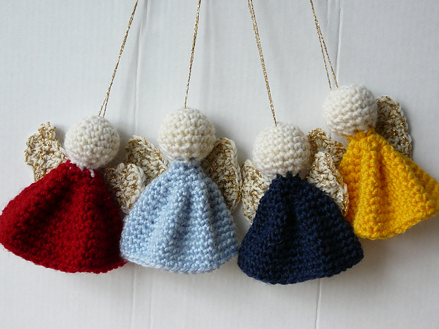 BEAUTIFULLY KNITTED CHRISTMAS ORNAMENTS...... - Godfather Style
