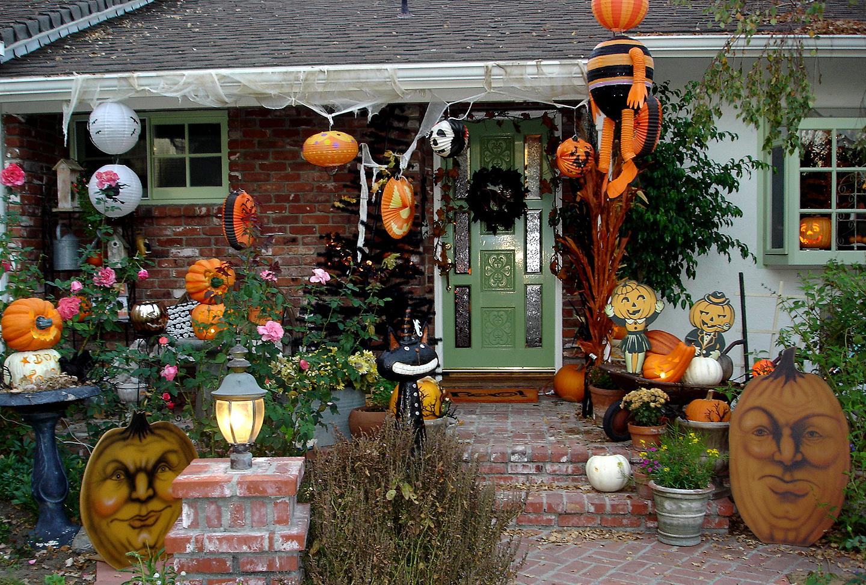 outdoor-halloween-decorations-9