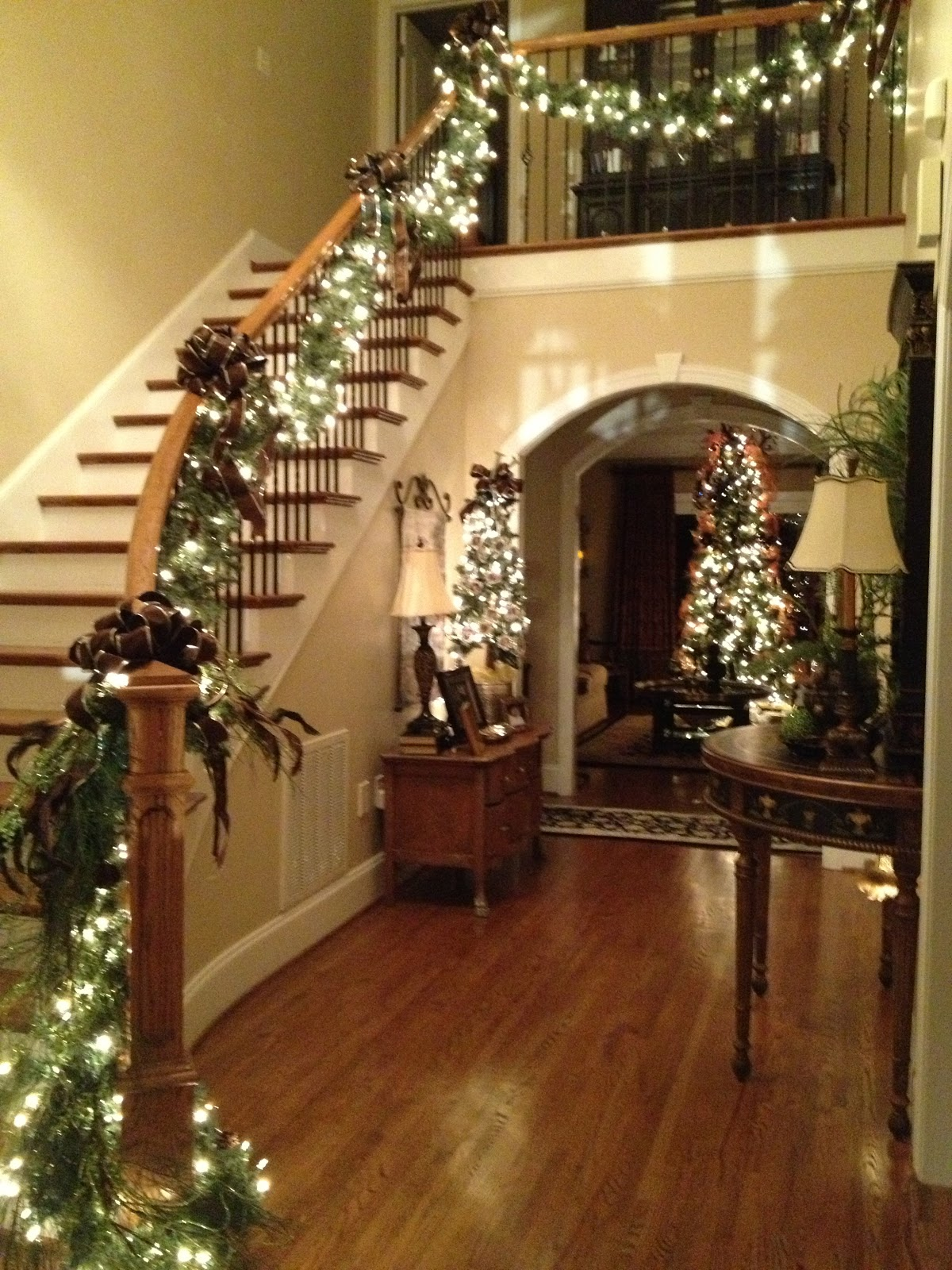 christmas-staircase-ideas