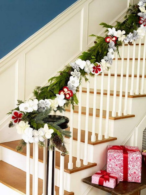christmas-stairs-decoration-ideas-11