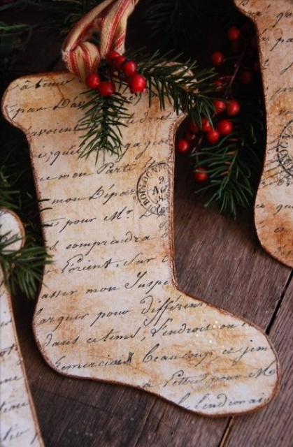 christmas-stockings-and-ideas-to-use-them-for-decor-38....5