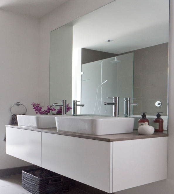 Bathroom-Mirror-without-Frame-