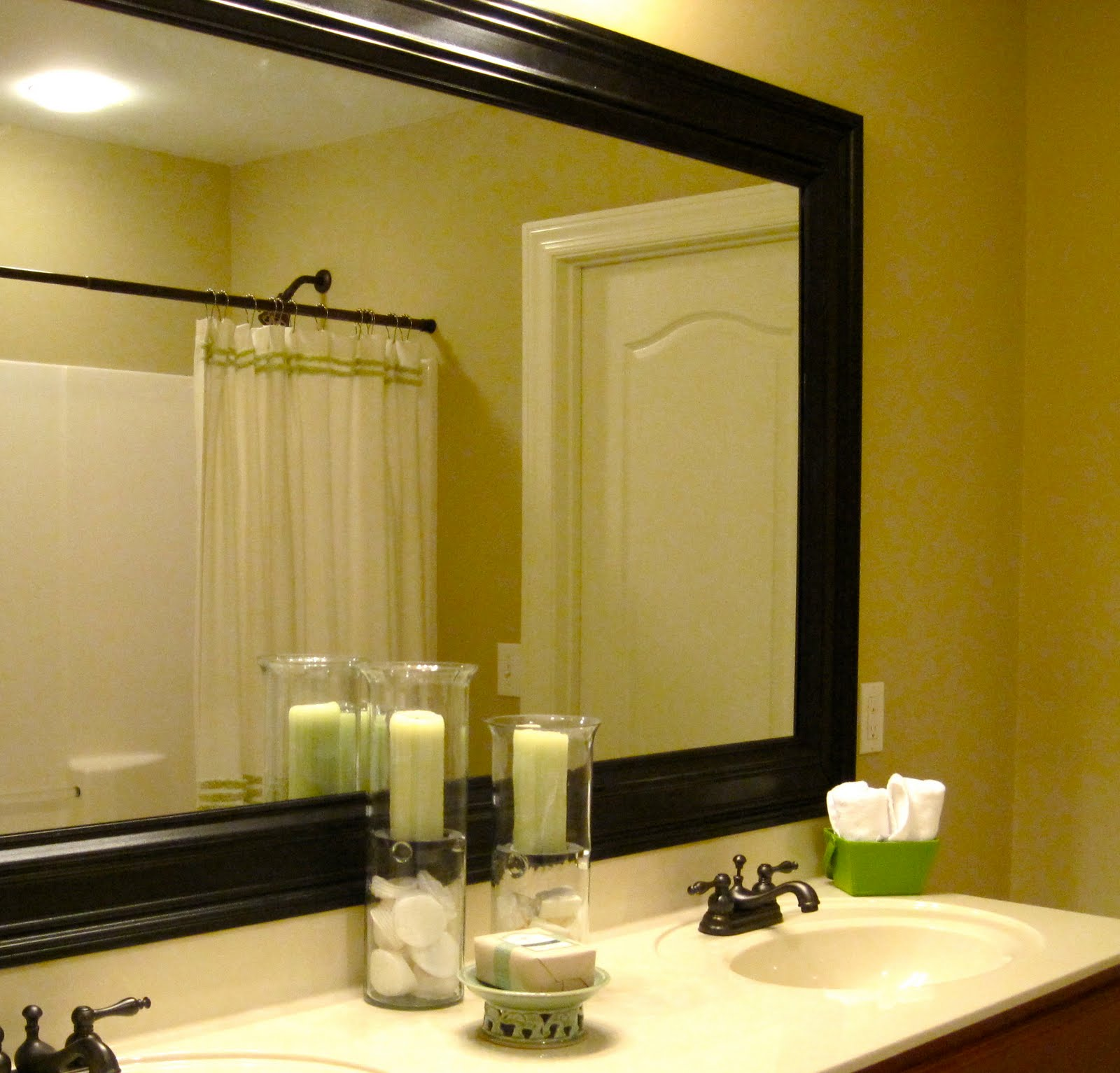 Bathroom-Vanity-Mirror-Replacement-Ideas