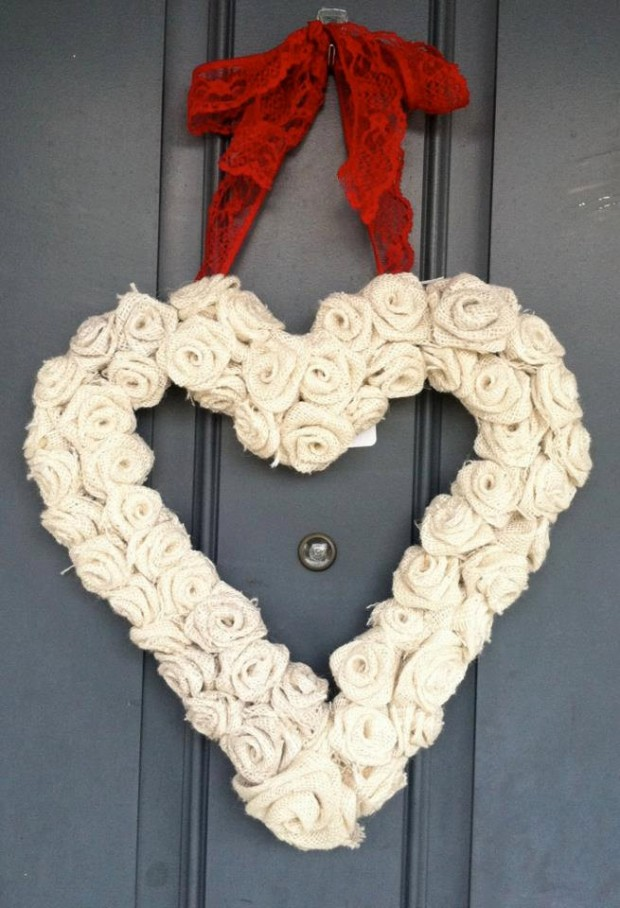 Heart-Melting-Handmade-Valentines-Wreaths-13-