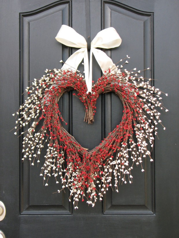 Heart-Melting-Handmade-Valentines-Wreaths-15-
