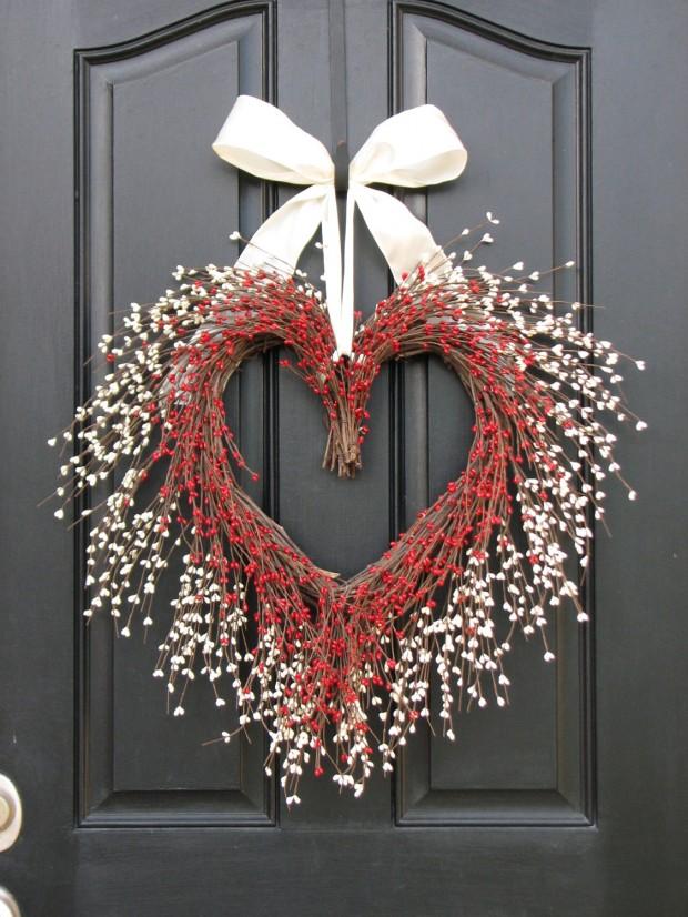 Heart-Melting-Handmade-Valentines-Wreaths-15-