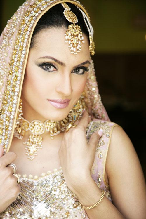 Indian-Wedding-Dresses-for-Bride 1
