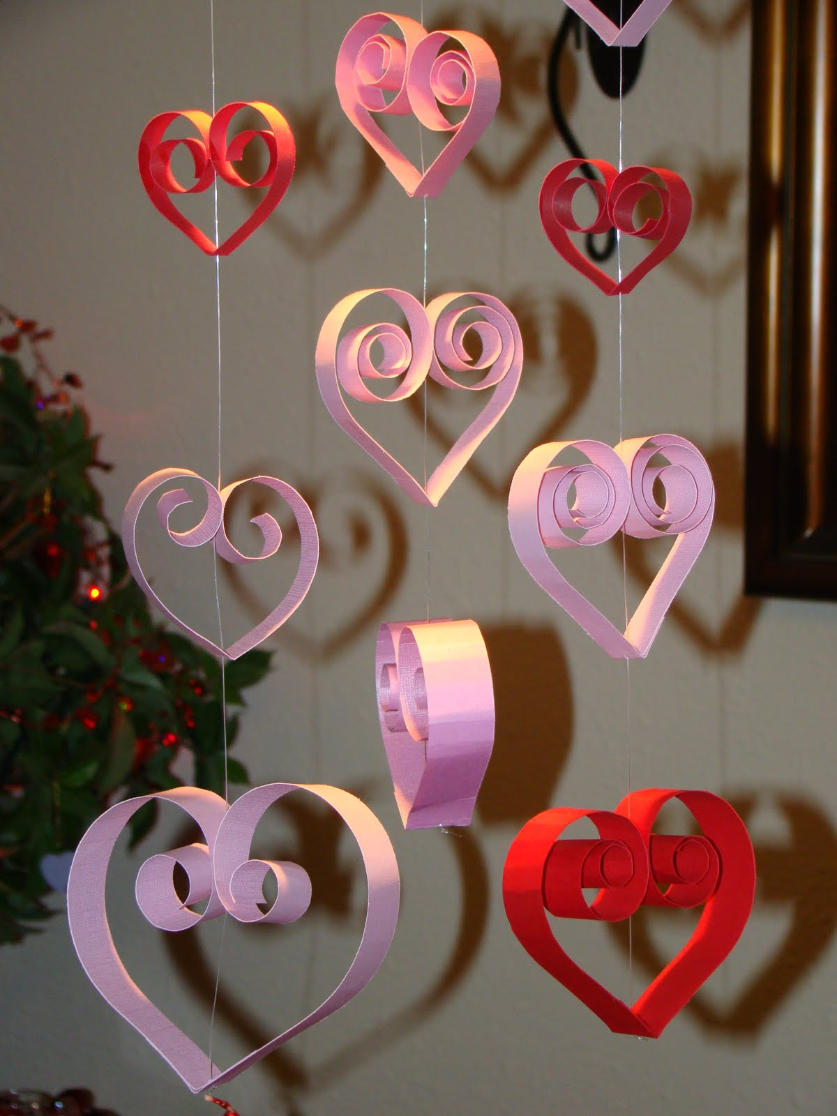 adorable-valentine-day-decorations-to-make-yourself-design-ideas-paper-craft-formed-love-with-pink-and-red
