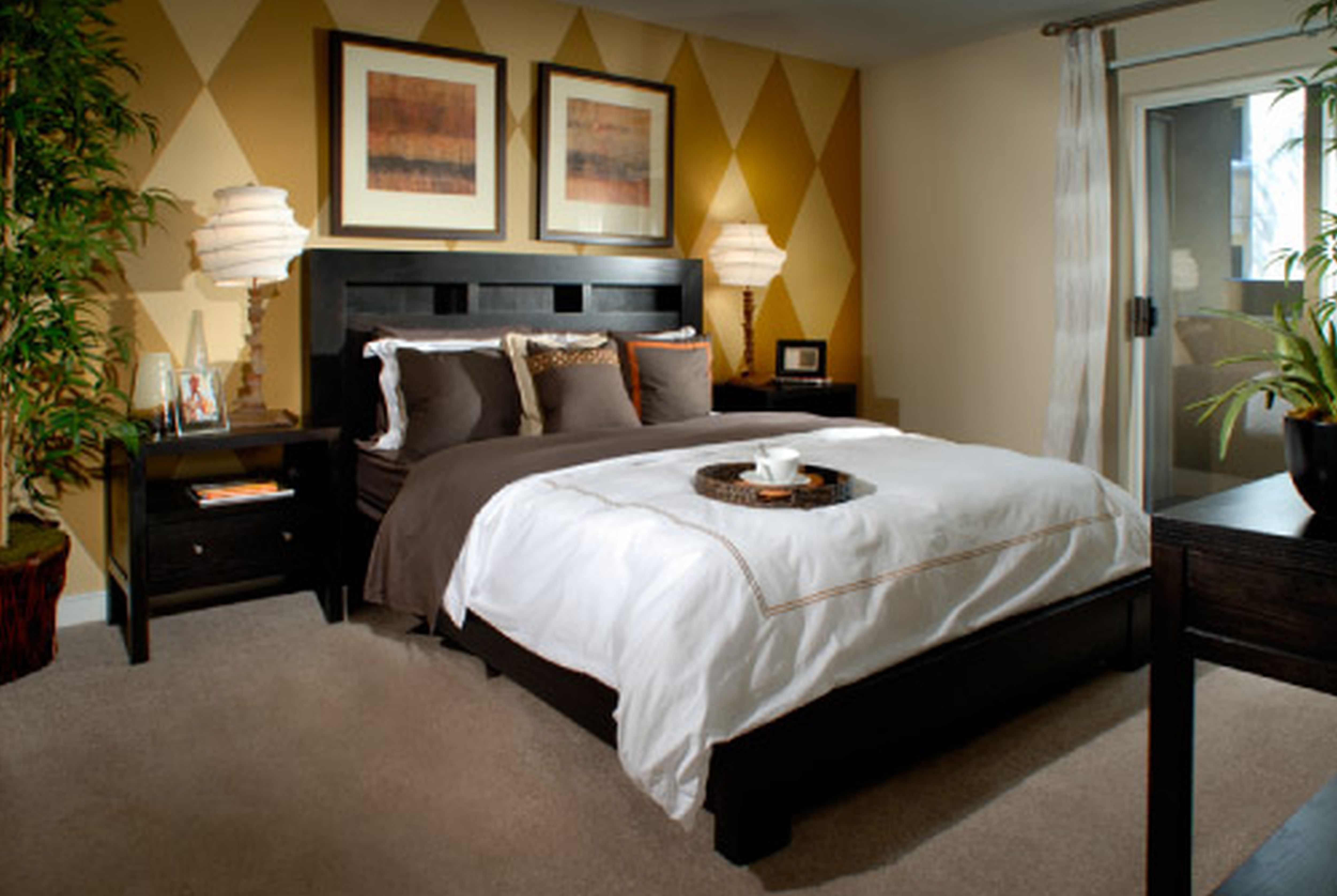 bed-room-decorated-inner-side-pictures-bedroom.