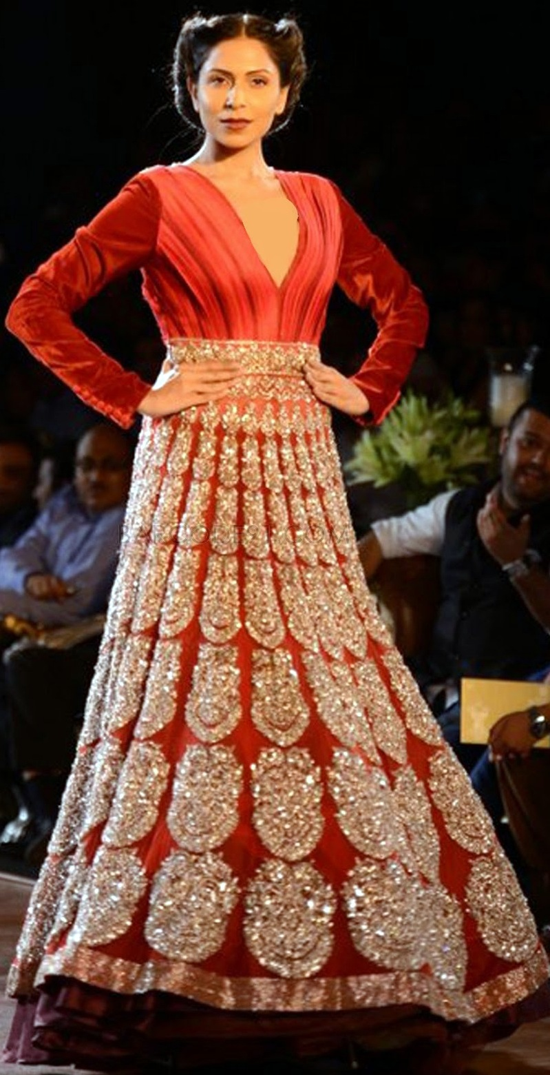 manish-malhotra-at-delhi-couture-week-