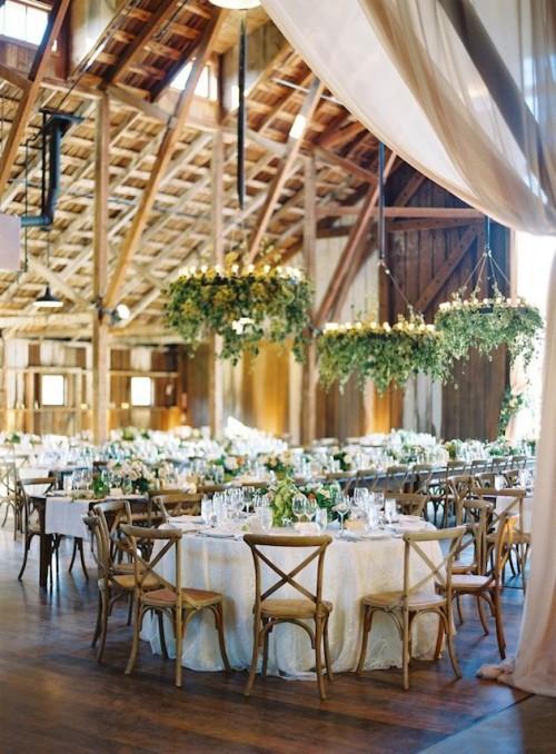Green-Wedding-Decoration-Ideas-30.