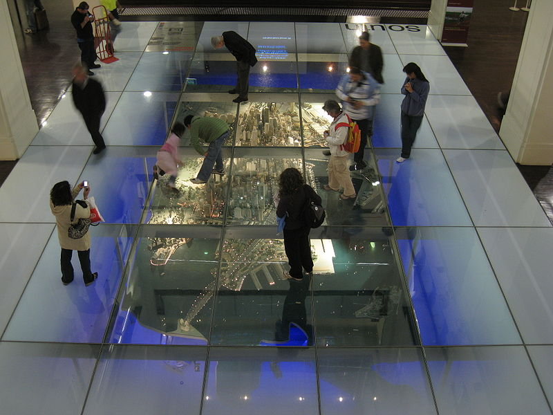 Safety-Anti-Slip-Laminated-Glass-Floor