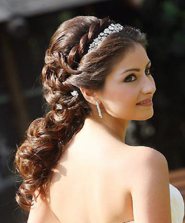 Wedding-Hairstyles-with-Braids-