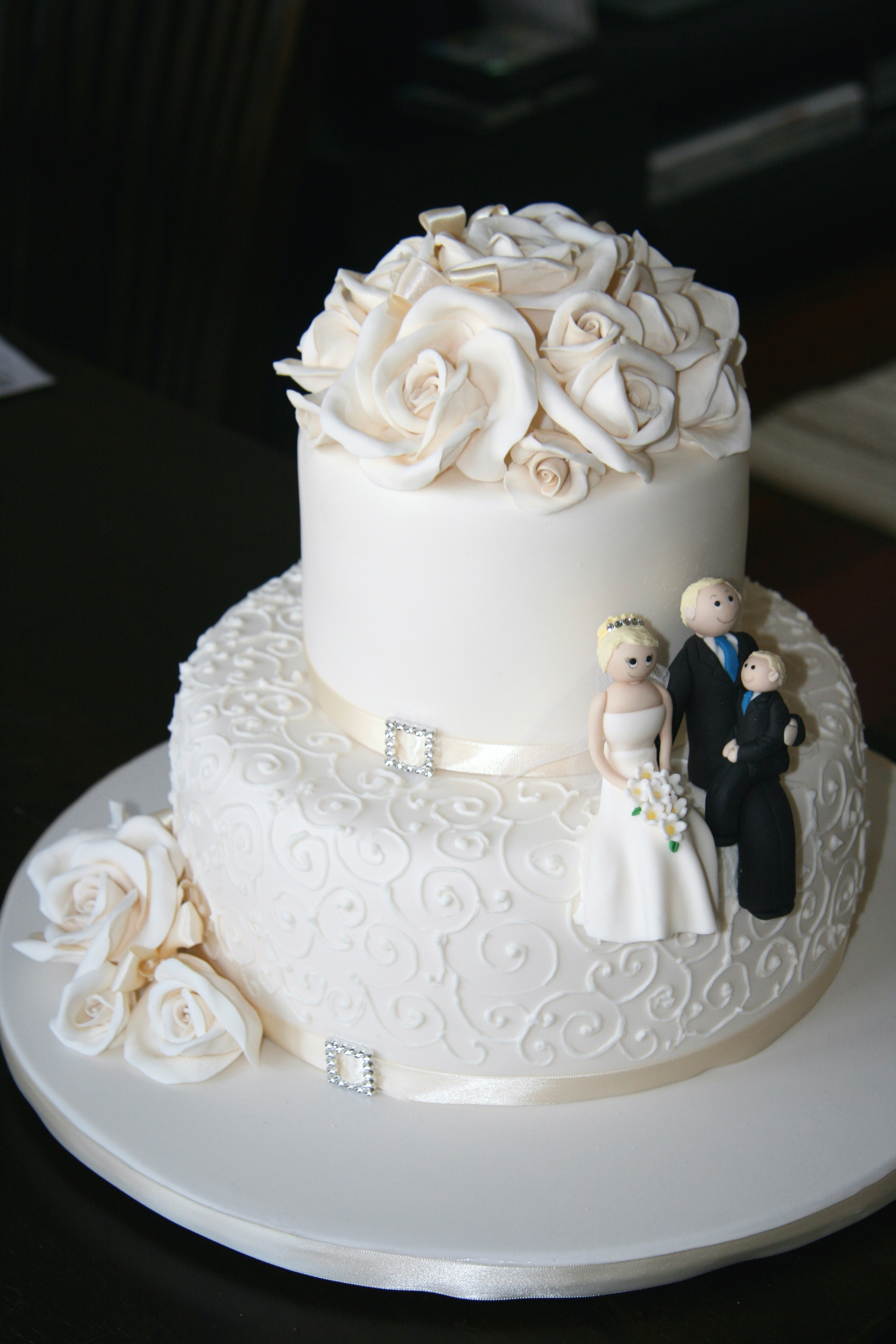 Pictures Of Three Tier Wedding Cakes