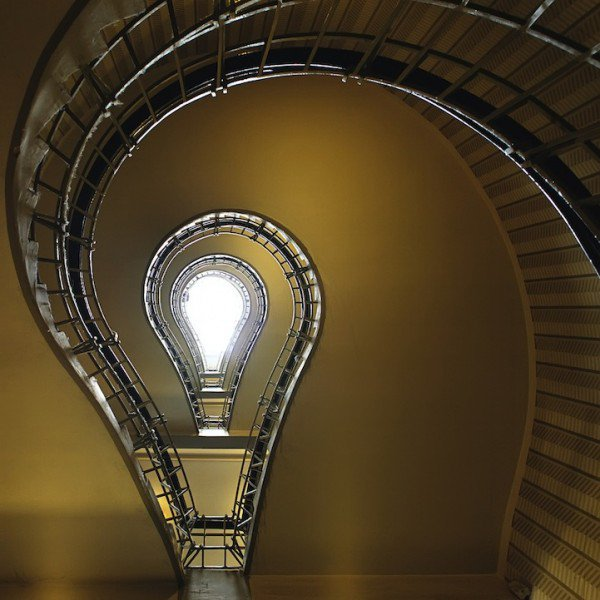 spiraling-staircases-nils-eisfeld-