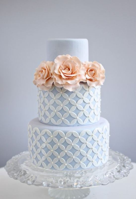 13-loveliest-serenity-wedding-cake-idea