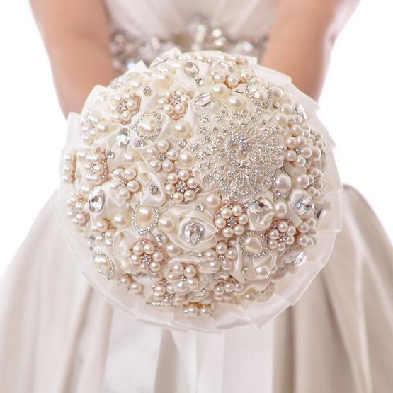 2015-Ivory-Rose-Flowers-Wedding-brooch-bouquet-with-filled-Artificial-Pearl-Noble-Bridal-Bouquets-For-Wedding.