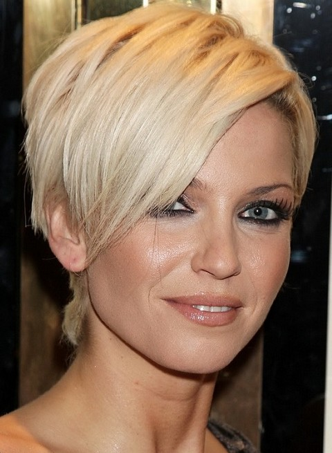 Amazing-Wedge-Haircuts.