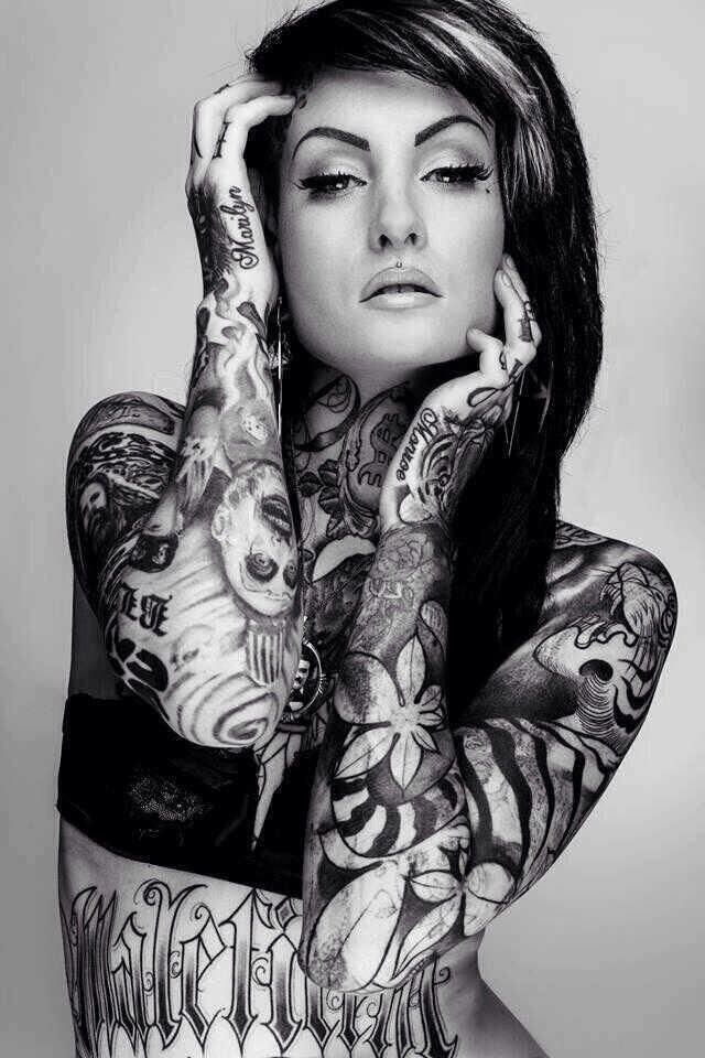 Beautiful-Girl-With-Black-And-White-Tattoo-On-Body.