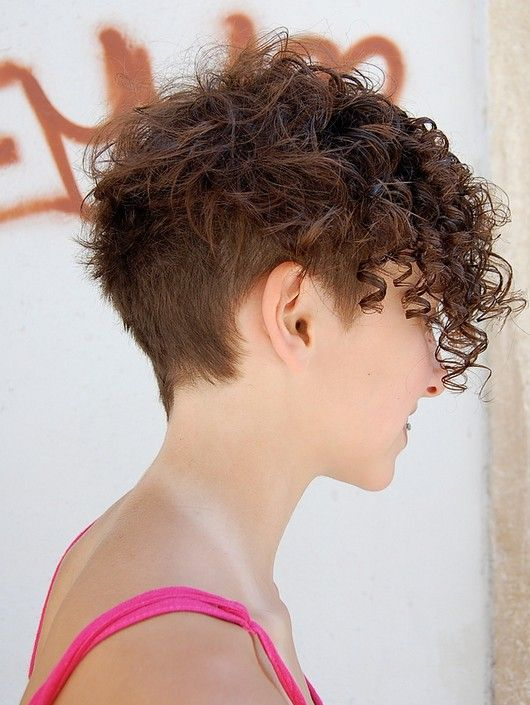Curly-Pixie-Hairstyle-for-Brown-Hair.