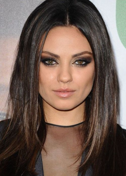 Mila-Kunis-Long-Layered-Haircut-Poker-straight-layers.