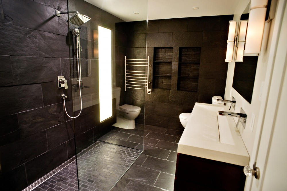 25 stylish modern bathroom designs godfather style for Modern master bathroom