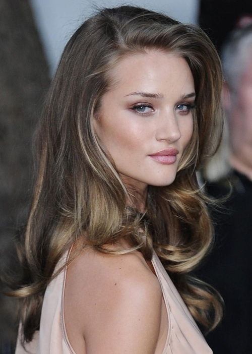 Rosie-Huntington-Whiteley-Long-Layered-Haircut.