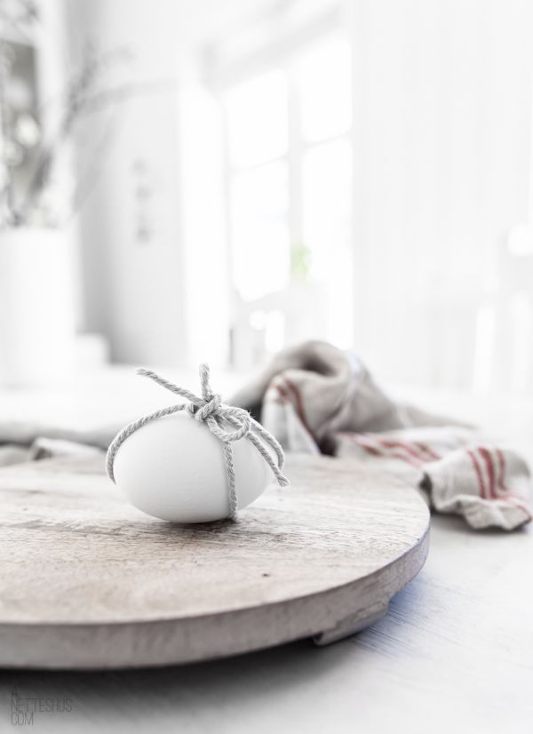 Scandinavian-Inspired-Easter-Decoration-6.j