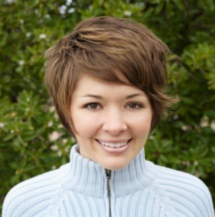Wedge-Haircut-for-Women.