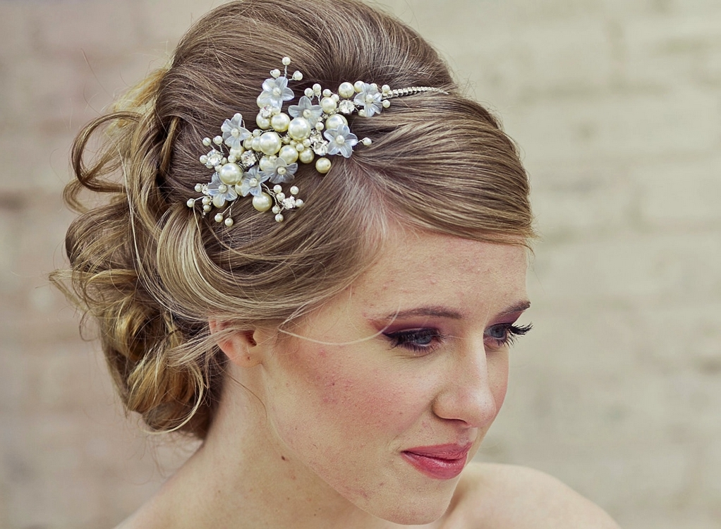 bridal-hairstyles-with-headbands.