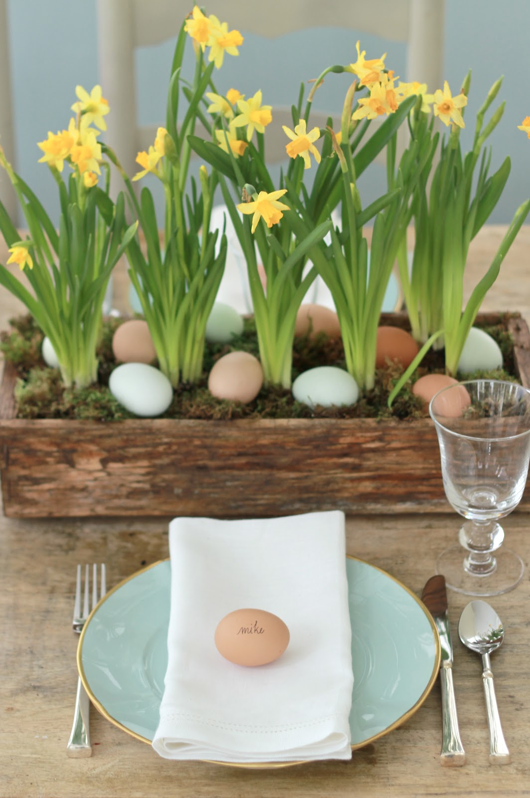 45 amazing easter table decoration ideas godfather style for Table centerpieces for home