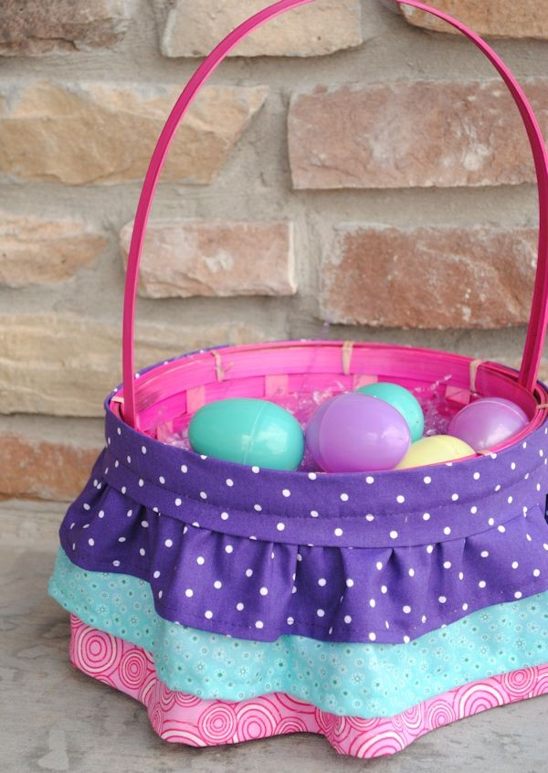 easter-basket-ideas-ruffled-easter-basket-rustic-easter-craft-ideas-easter-table-decorations-