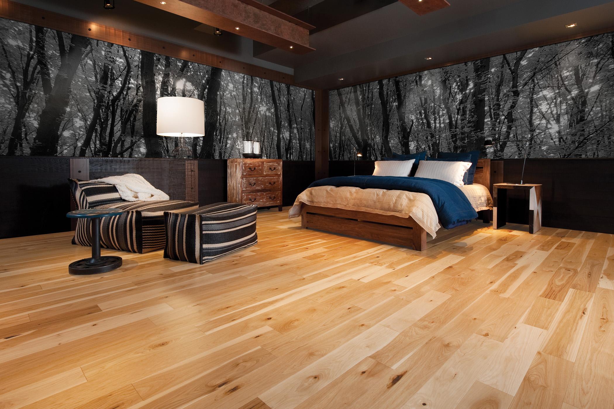 hardwood-flooring-bedroom.