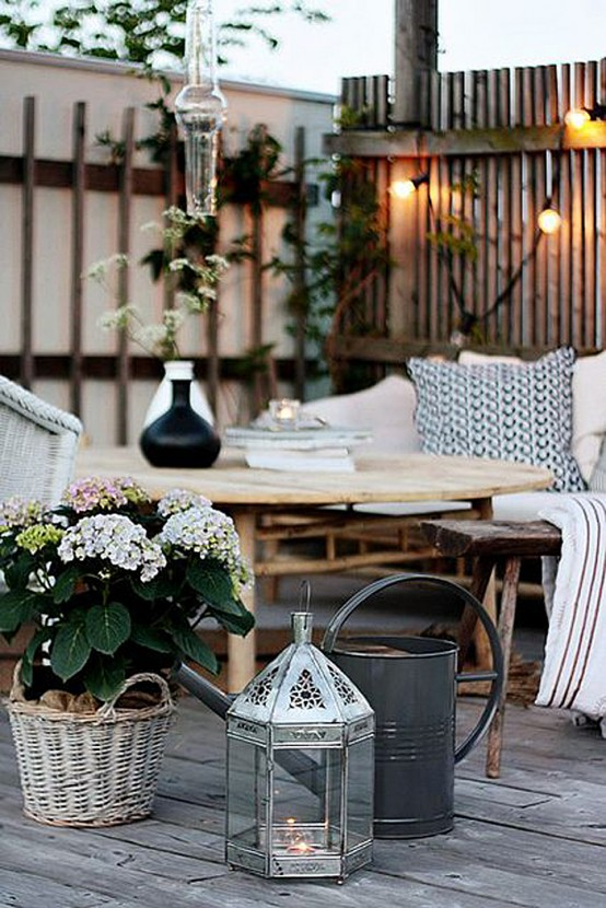 Black And White Outdoor Space Ideas 3
