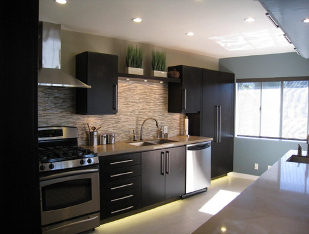 Black-Kitchen-Cabinets--0