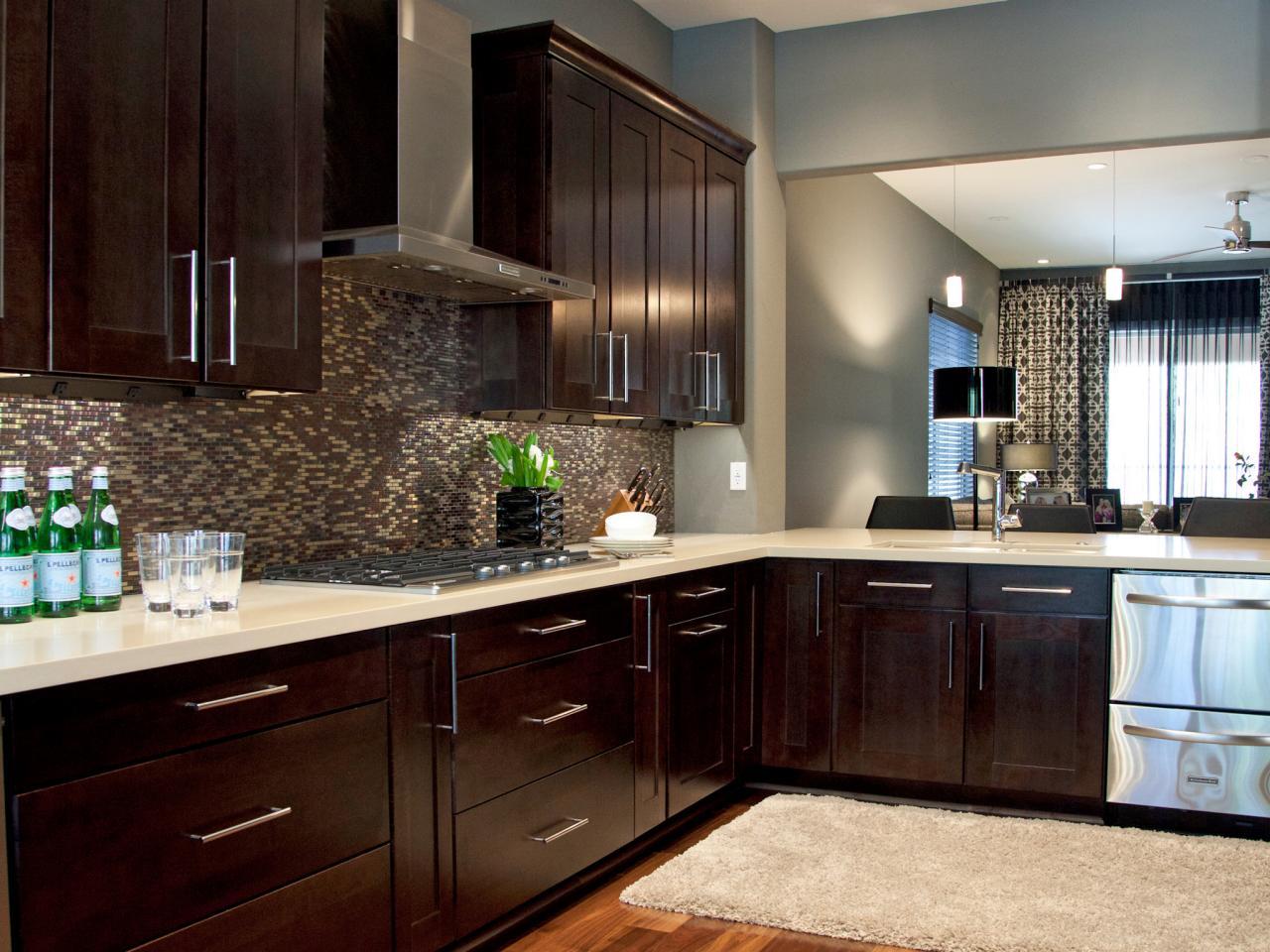 _Britany-Simon-Black-Gray-Contemporary-Kitchen_4x3.jpg.rend.hgtvcom.1280.960