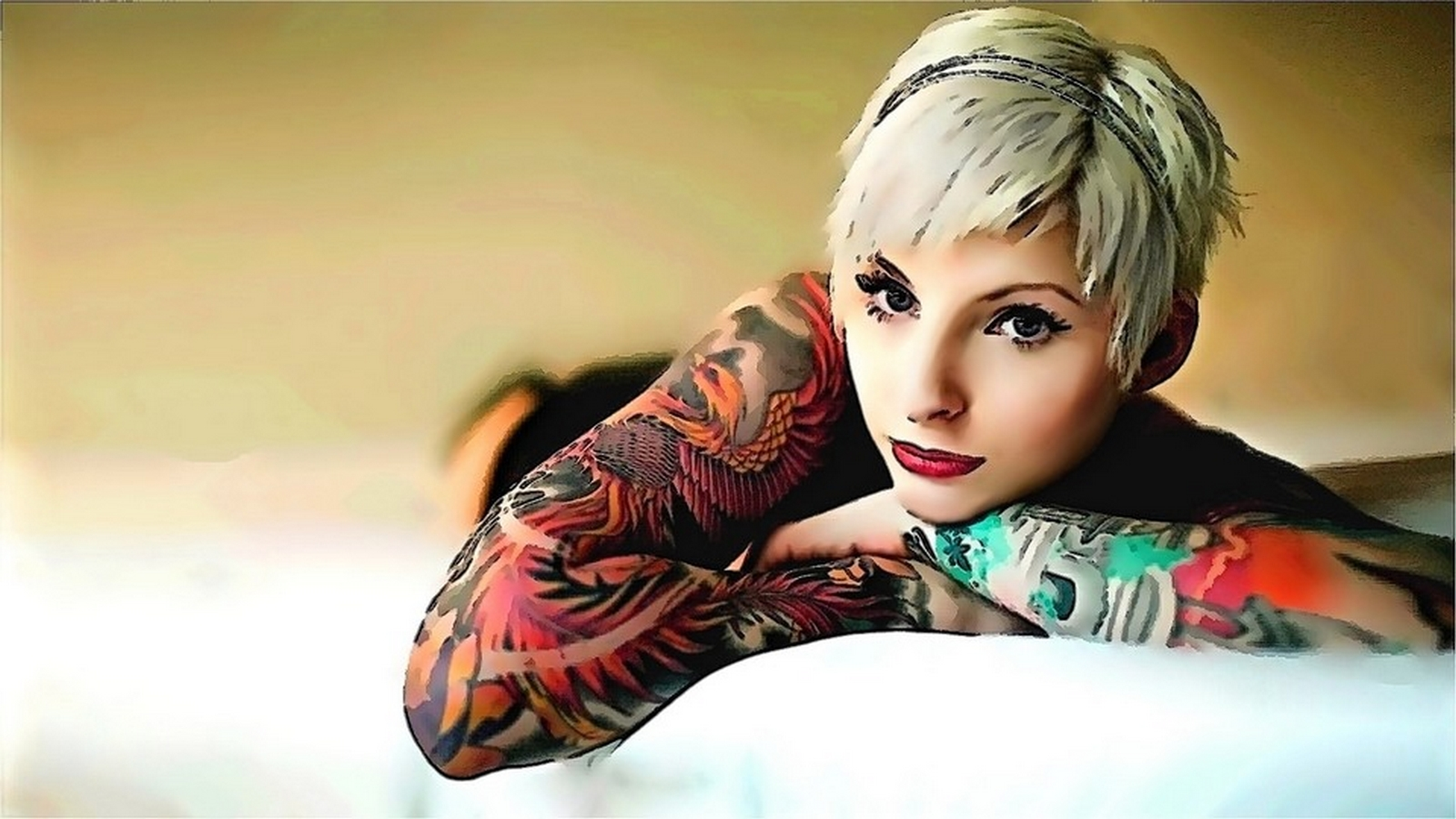 Tattooed Women Wallpaper (26).
