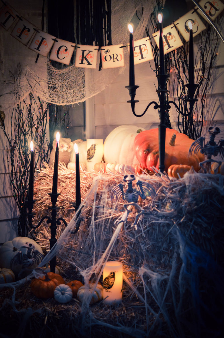 48 creepy outdoor halloween decoration ideas for 90 cool outdoor halloween decorating ideas