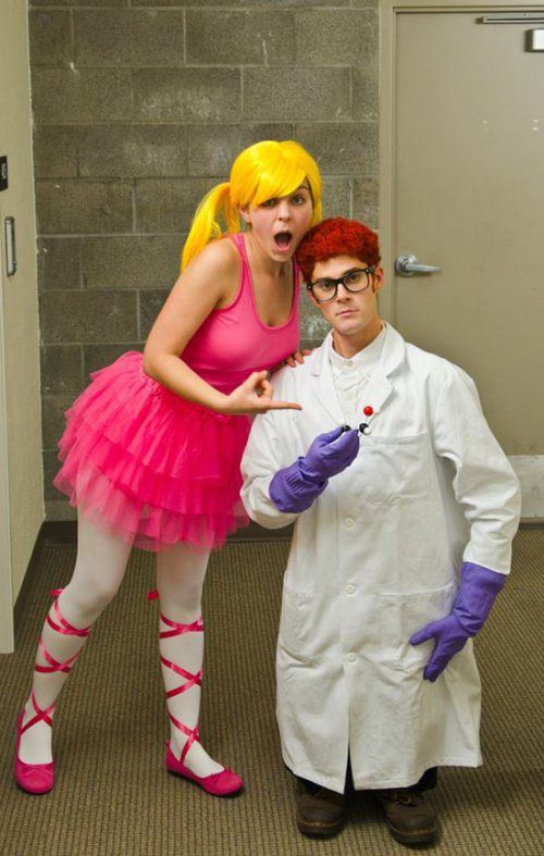 Dexters-laboratory-Homemade-Halloween-costumes-adults-easy-ideas