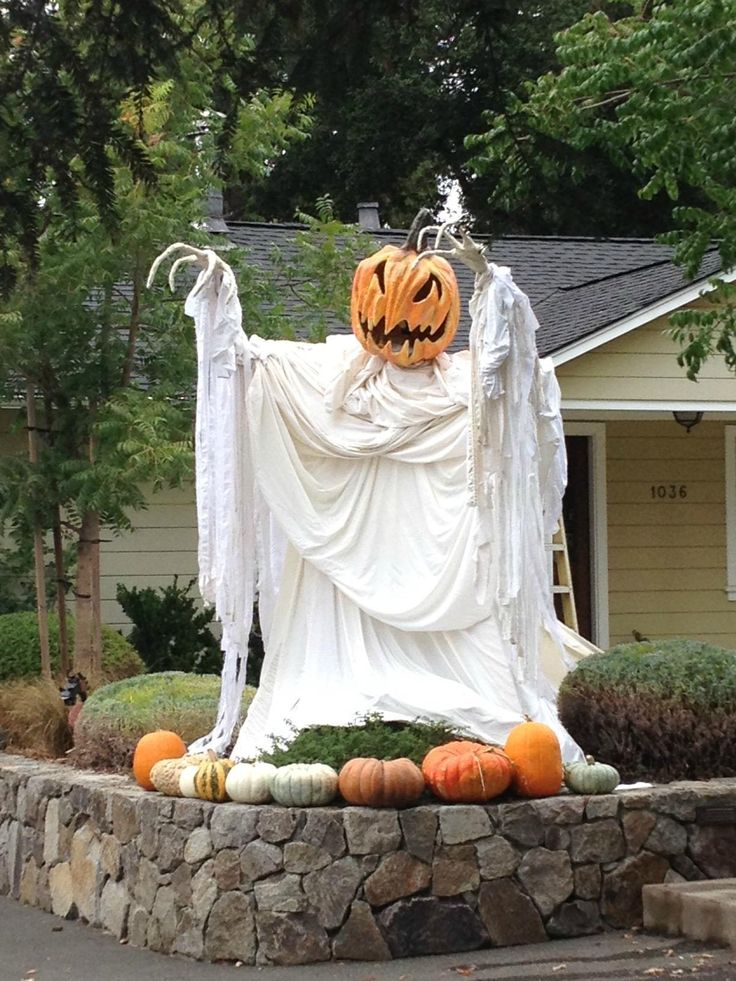 48 creepy outdoor halloween decoration ideas for Outdoor dekoration